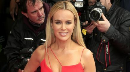 Amanda Holden Poses Naked for Charity. See the Racy Pic!