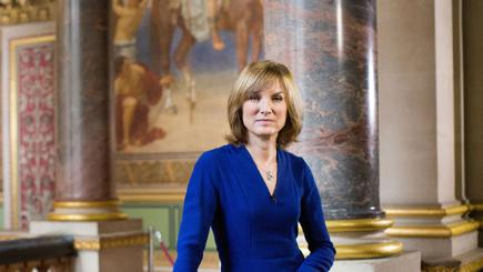 Antiques Roadshow: Fiona Bruce's guide to the Holocaust ...
