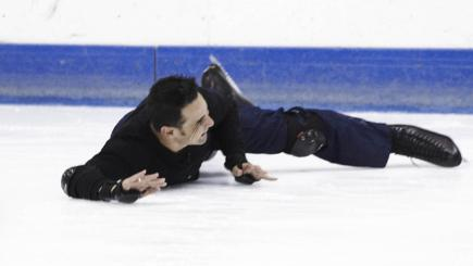 Chico takes a tumble during Dancing on Ice training