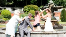 Coronation Street fans in stitches over wedding fountain fight scene