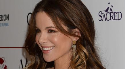 Kate Beckinsale pays tribute to father Richard on anniversary of death