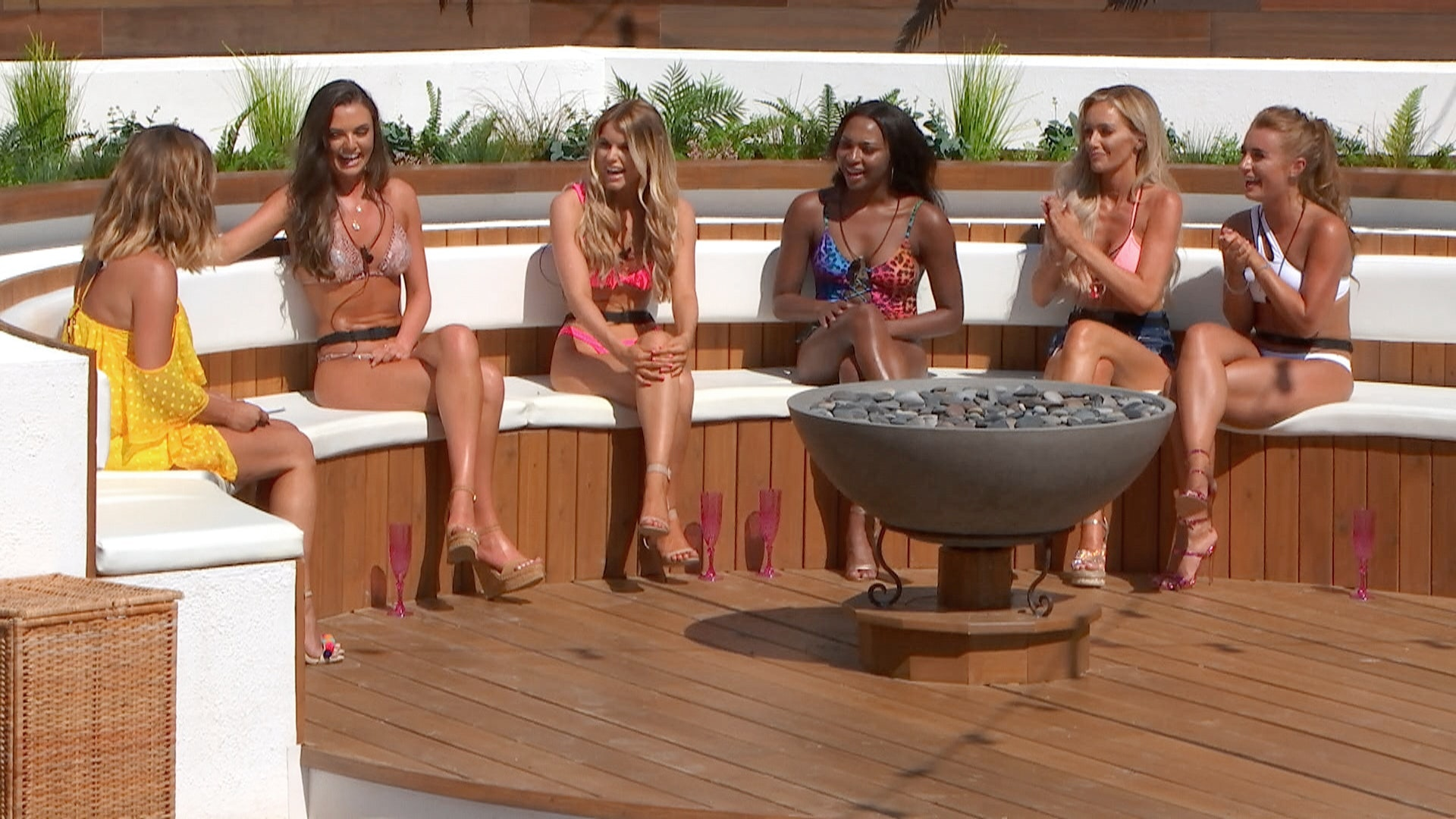 People can't actually believe the ridiculous Brexit conversation on Love Island