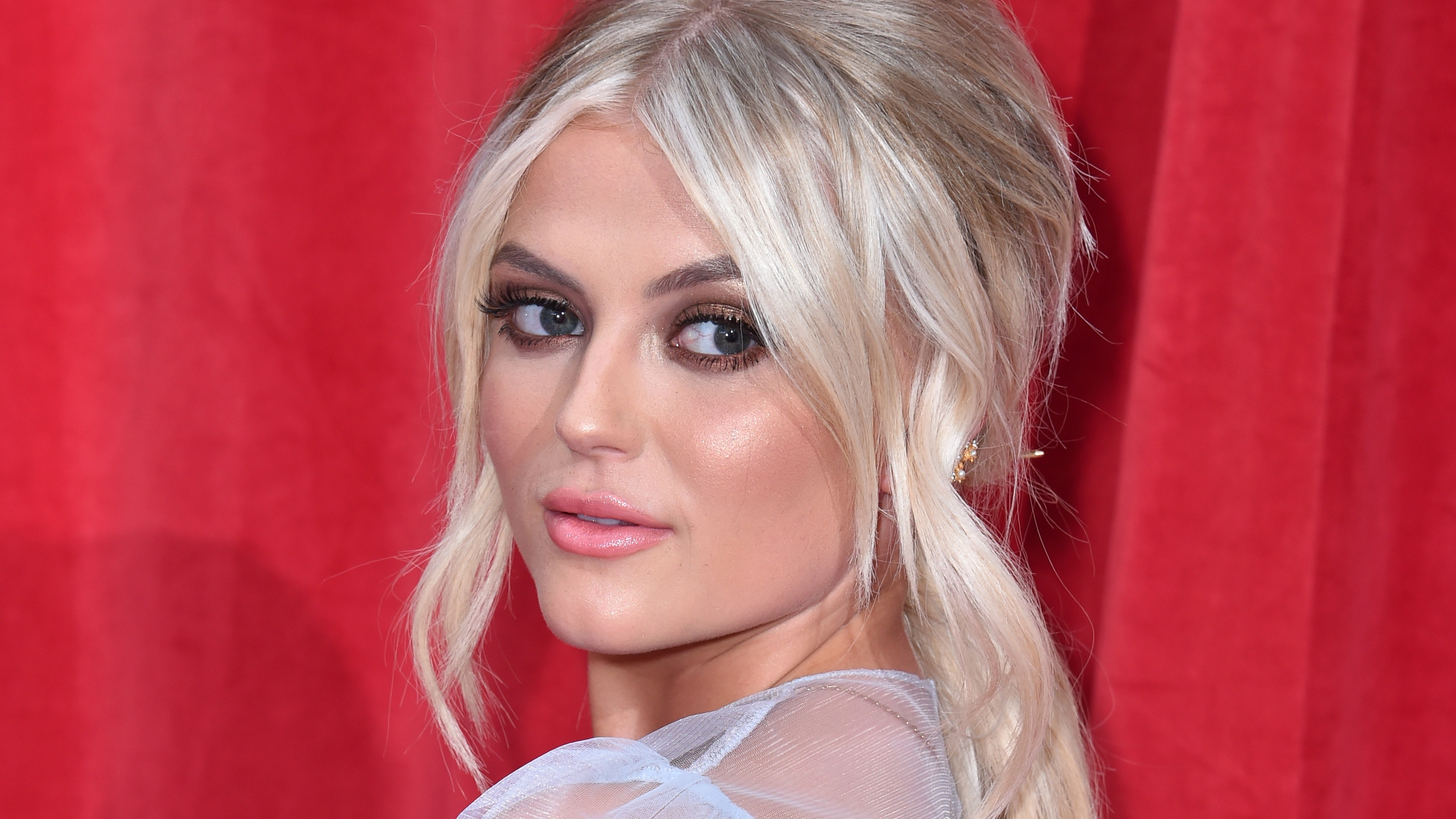 Lucy Fallon announces departure from Coronation Street