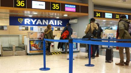 Ryanair signs up to new airline ombudsman service