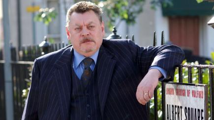 Hywel Bennett, star of 1980s classic TV sitcom Shelley, dies aged 73