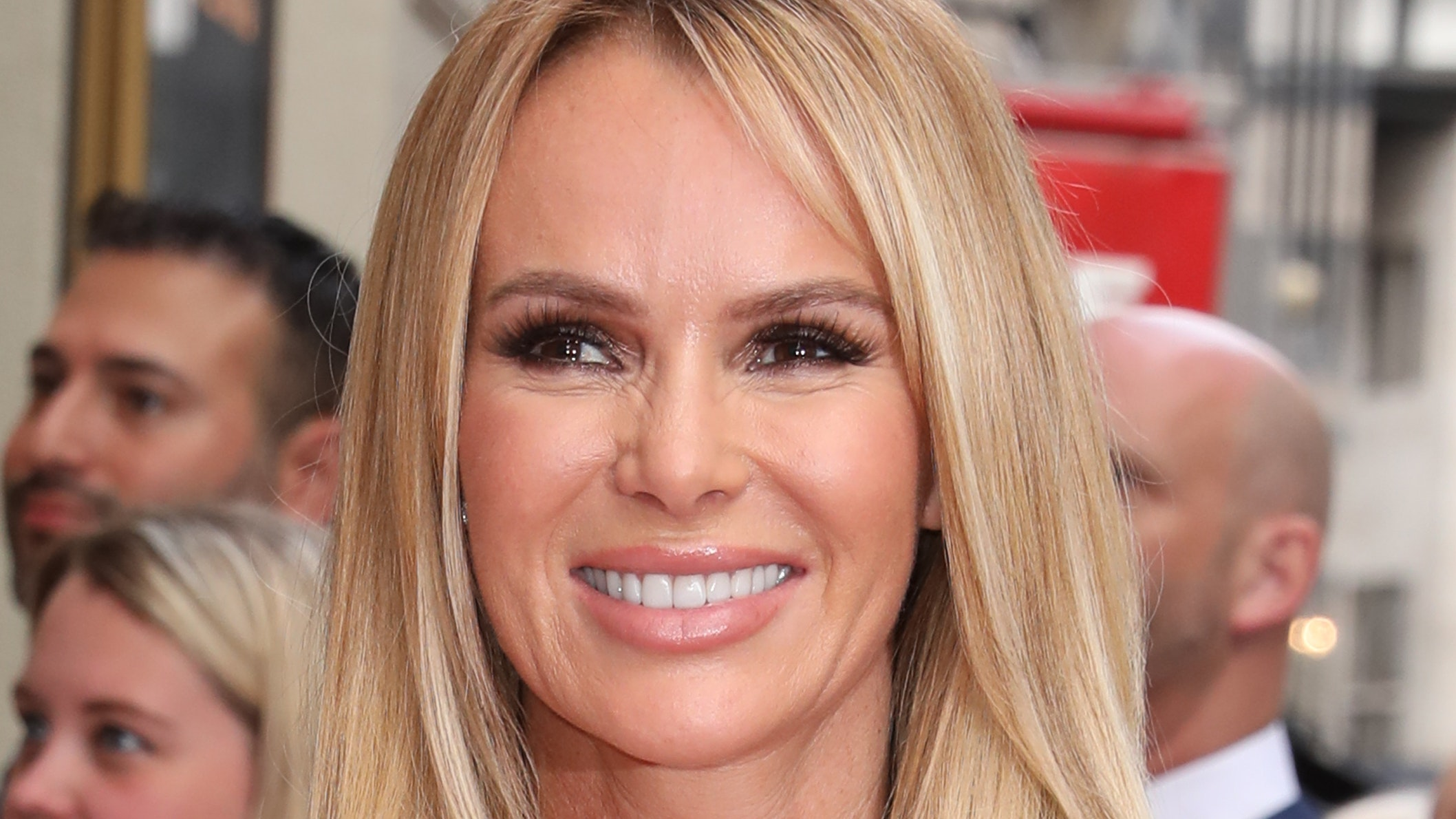 Amanda Holden Films amanda holden reveals how she got to safety after holiday