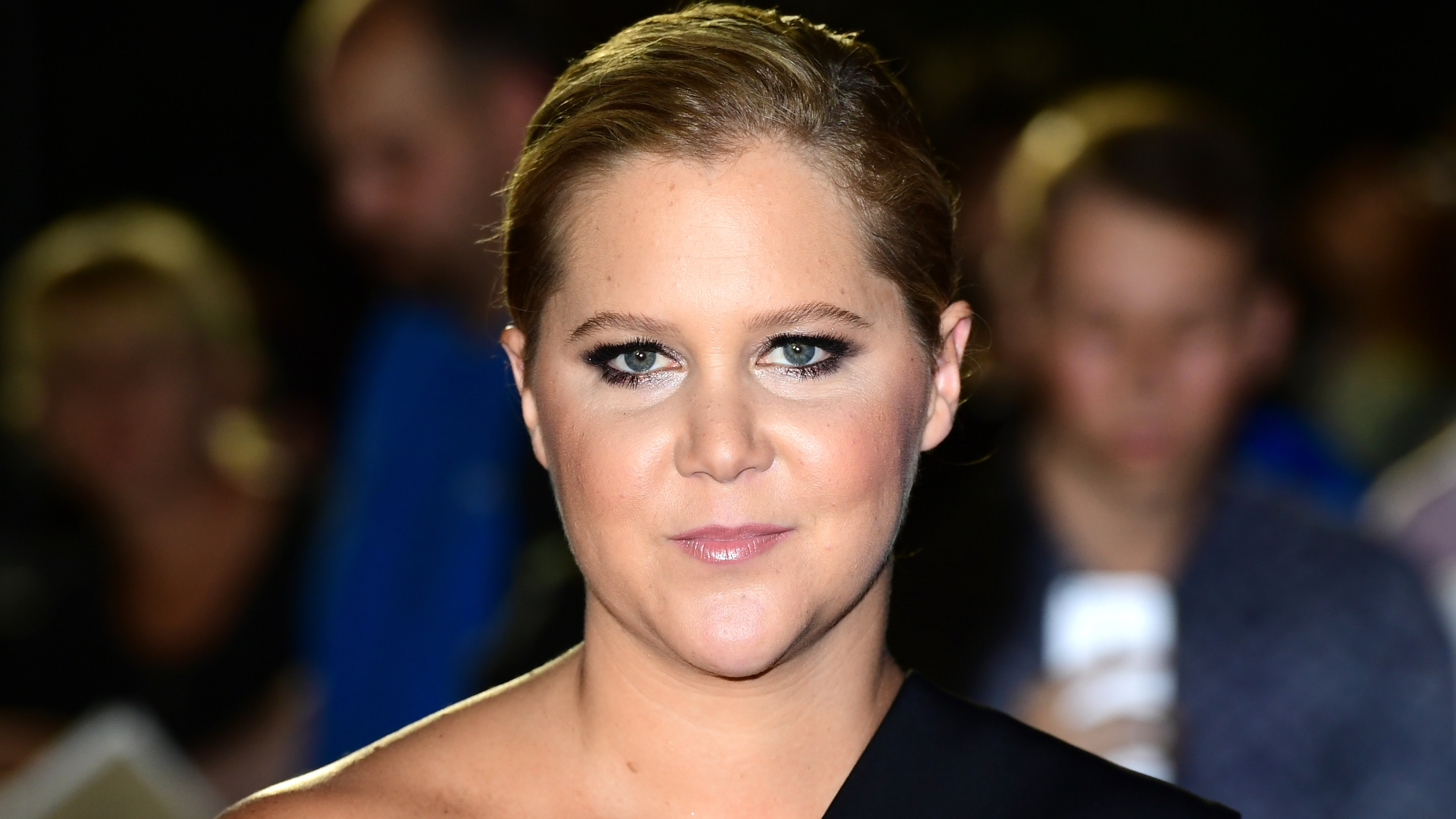 Amy Schumer Sex Video amy schumer says she is 'staying positive' as she shares ivf