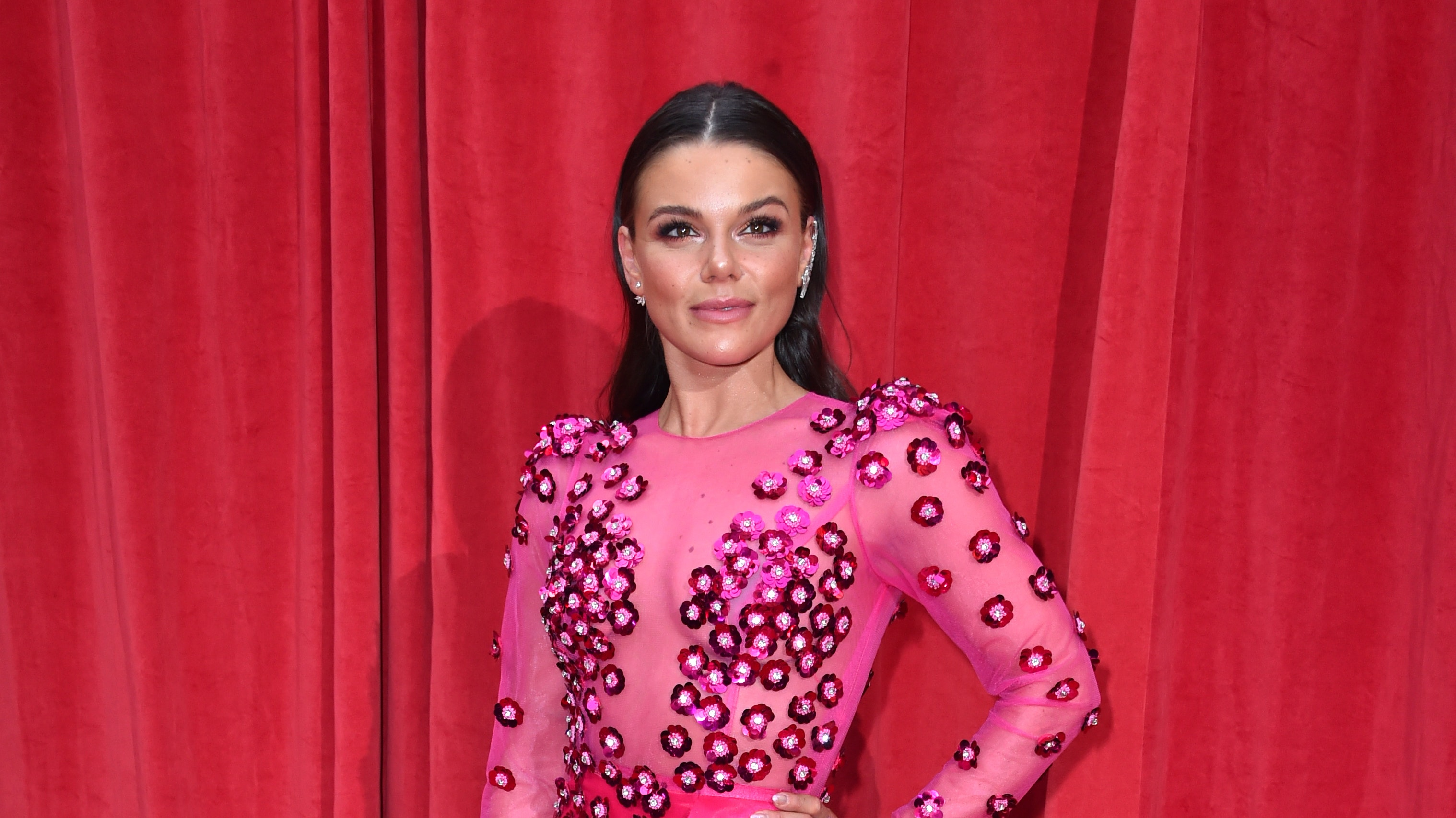 Faye Brookes announces departure from Coronation Street   BT