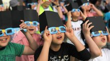 Here's how to stay safe during this week's solar eclipse, kids!