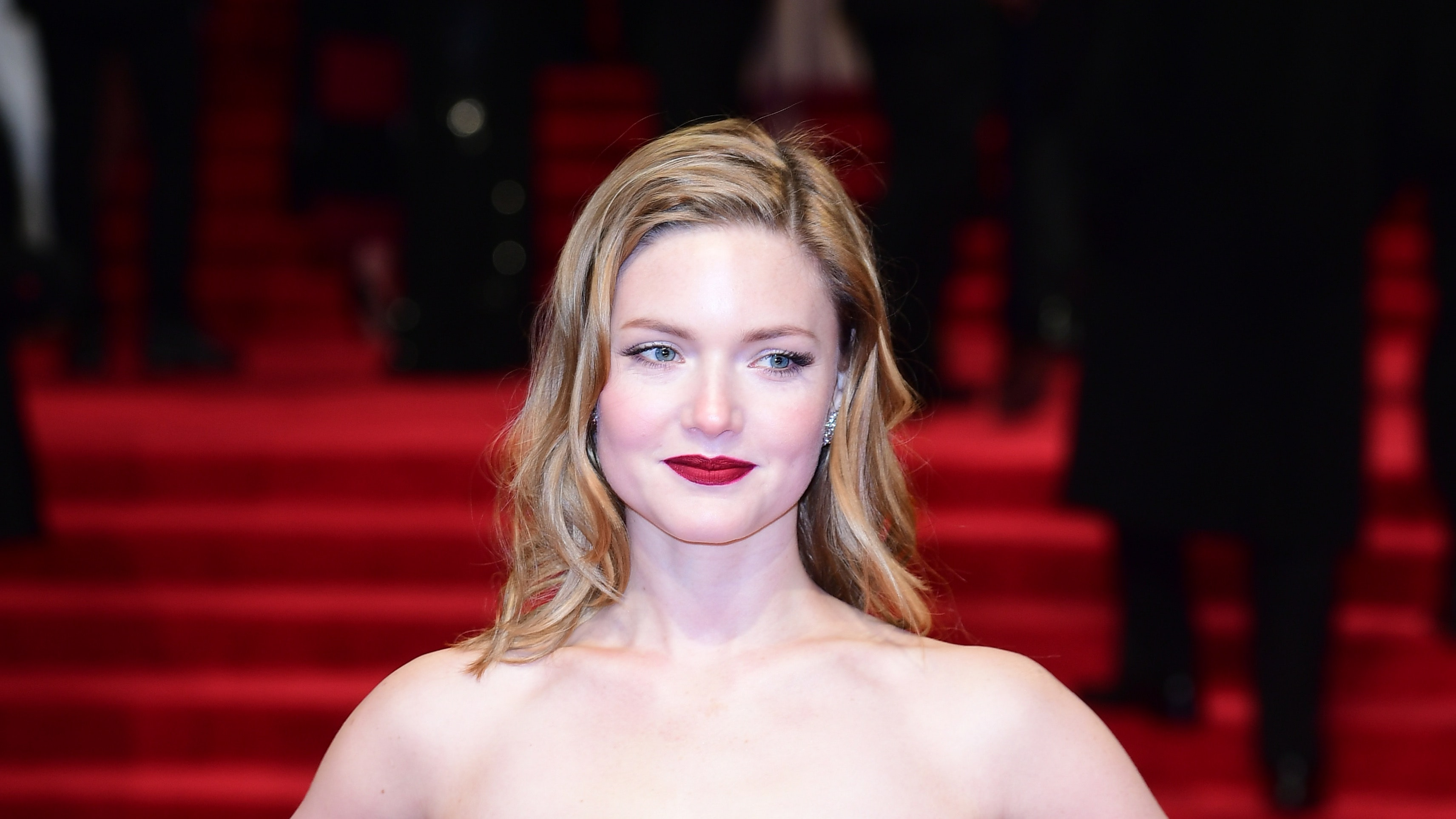 2019 Holliday Grainger nudes (33 photos), Topless, Leaked, Boobs, cleavage 2018